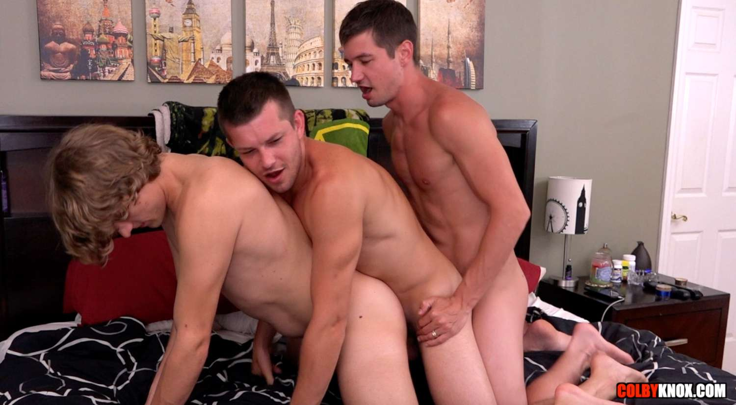 The Moore the Merrier – Colby Chambers, Mickey Knox & Robin Moore