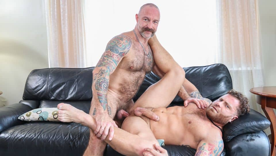 Creating Hot Sexy Memories – Riley Mitchel and Musclebear Montreal
