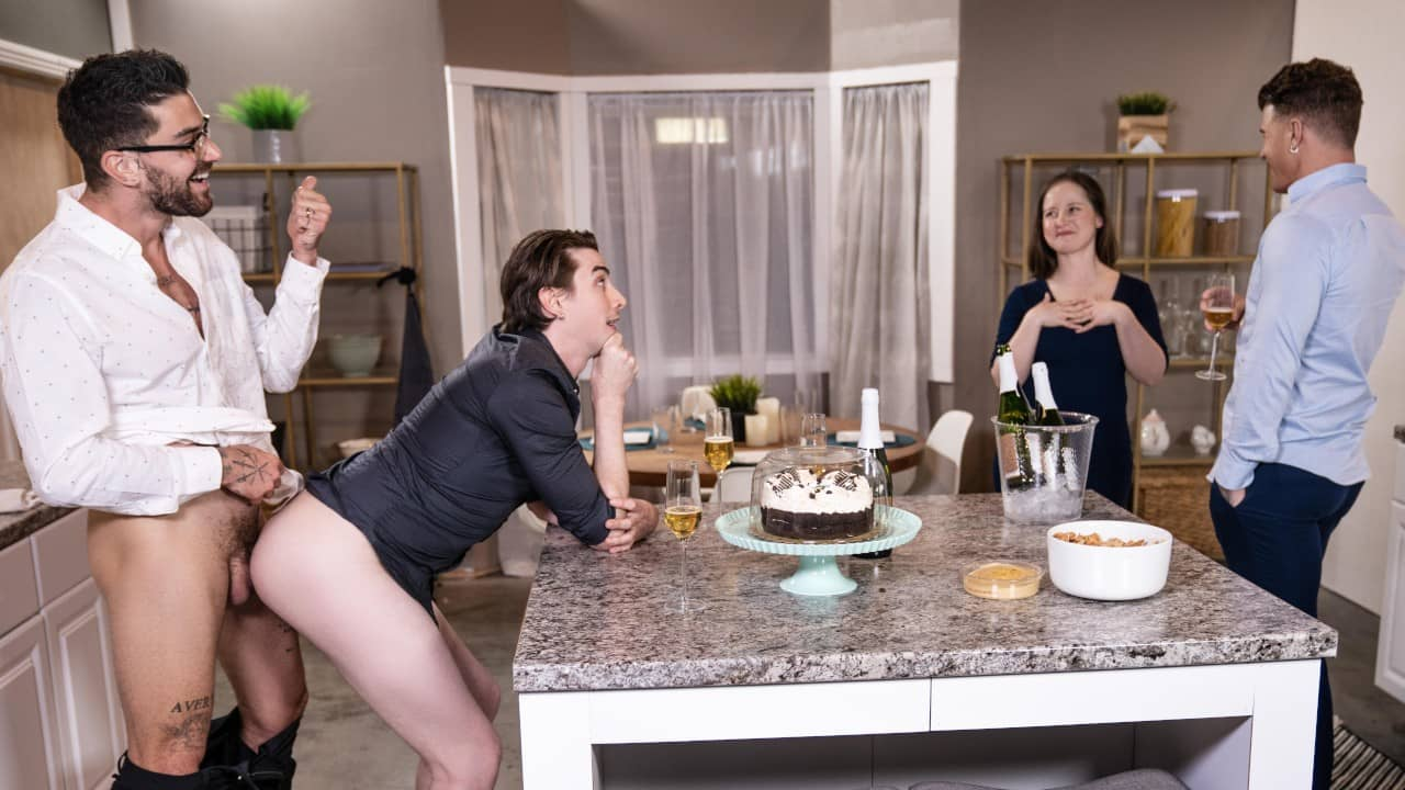 Big Fuck-Up in the Kitchen – JJ Knight, Jack Hunter and Chris Damned