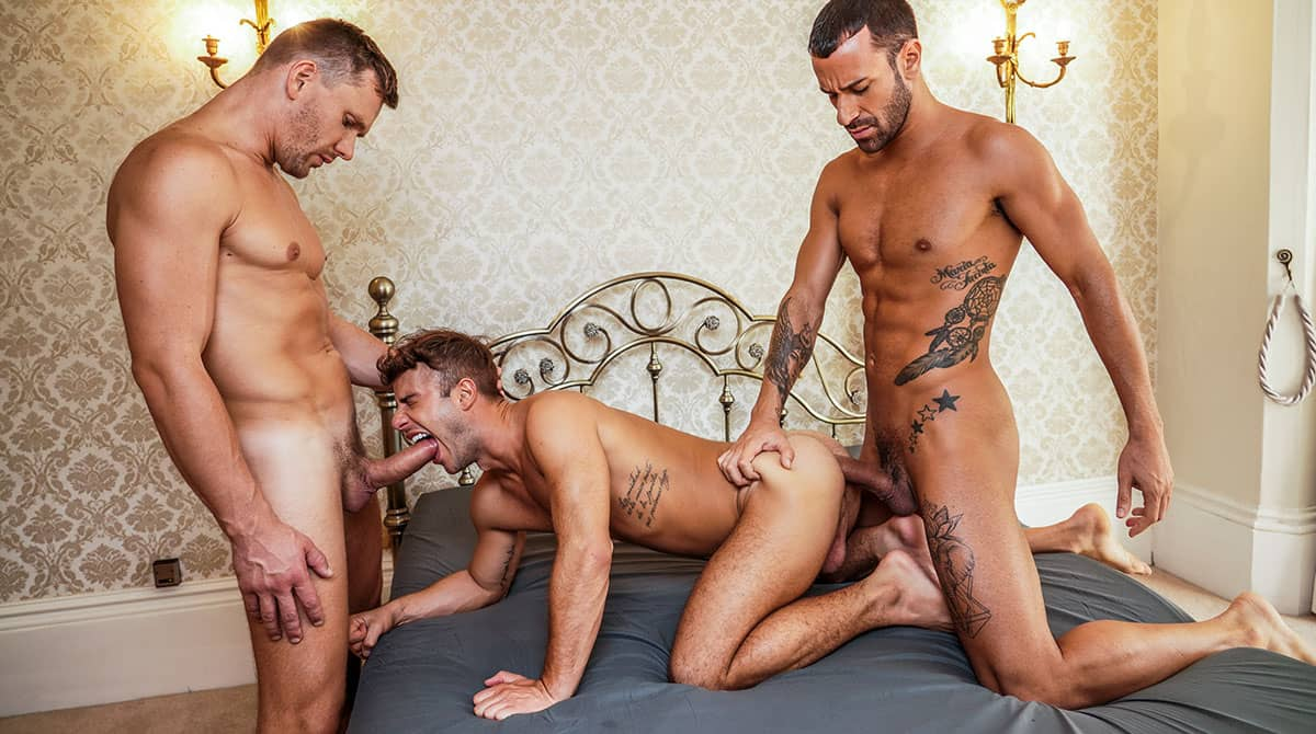 Filled Up With Cum, Scene 3 – Allen King Bottoms For Gustavo Cruz And Andrey Vic