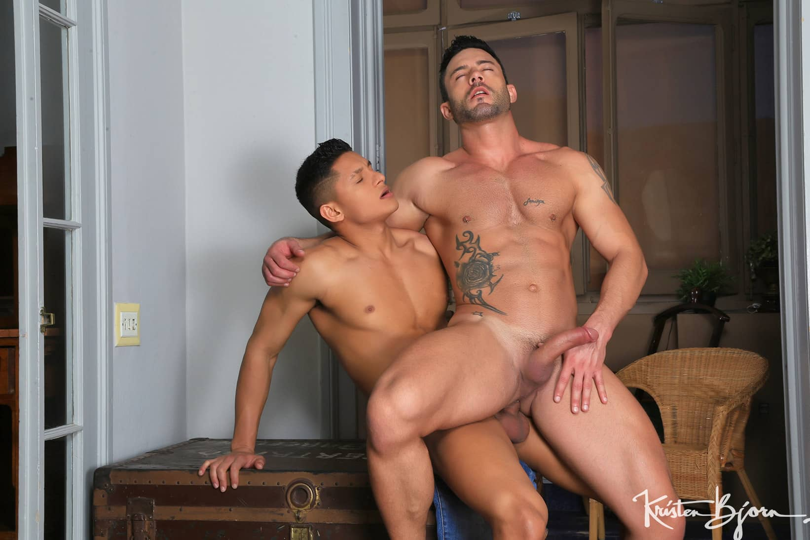 Eager To Please – Santiago Rodriguez and Andy Star